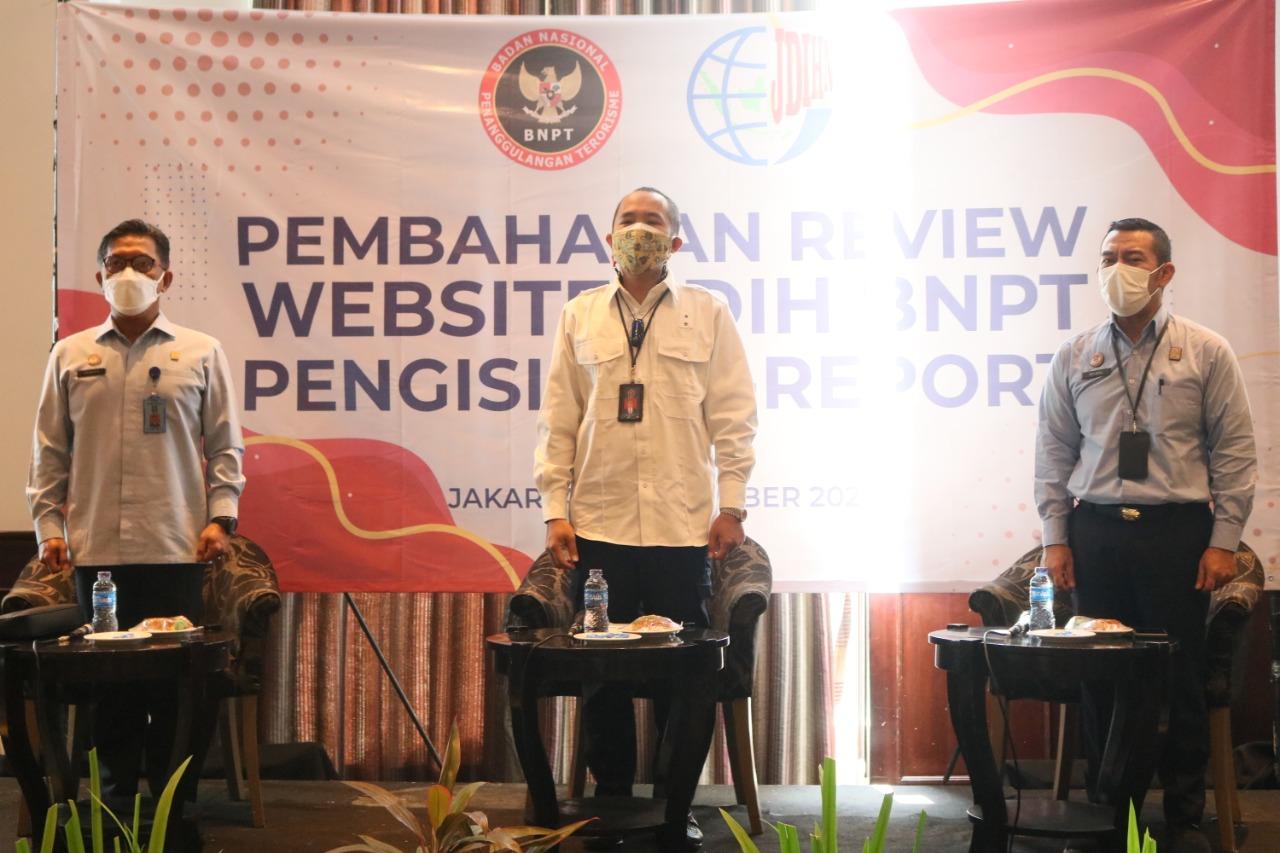 KEPALA PUSAT JDIHN HADIRI RAPAT PEMBAHASAN REVIEW WEBSITE JDIH BNPT DAN PENDAMPINGAN PENGISIAN E-REPORT